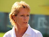 03 Révész Angelika, a Szokolyi Alajos Olimpiai Klub vezetőségi tagja.JPG