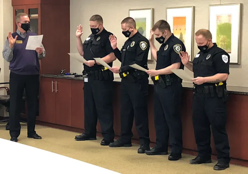 4 more take oaths to become Reid Health police officers