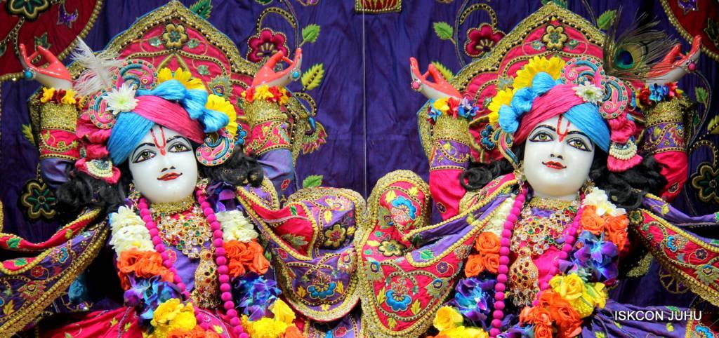 ISKCON Juhu Sringar Deity Darshan 29 Jan 2016 (24)