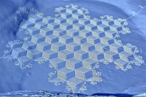 Simon-Beck-Snow-art 2