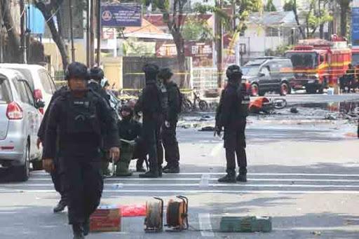 Malam Ini ,Lagi  Bom Meledak di Surabaya