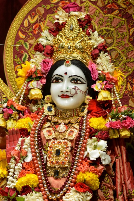ISKCON Juhu Deity Darshan 28 Mar 2016  (25)