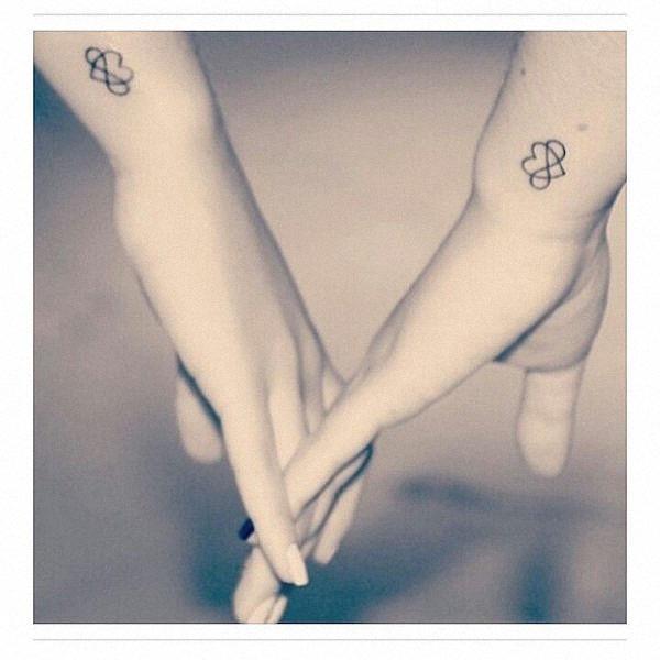 irm_pequena_tatuagens