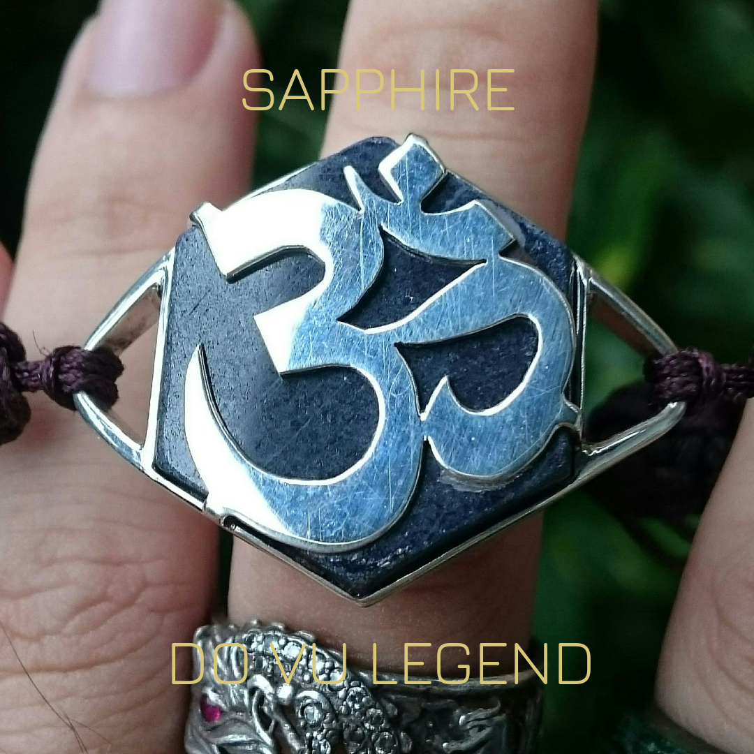 Lắc tay Sapphire chữ Ohm