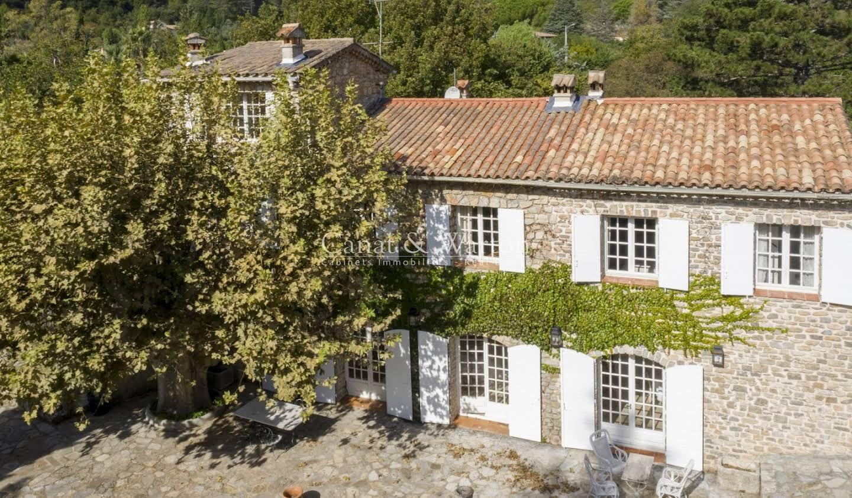 Maison avec terrasse Cuers