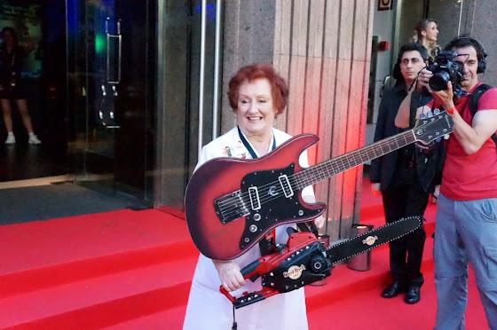 Ritta Gilligan Hard rock Cafe