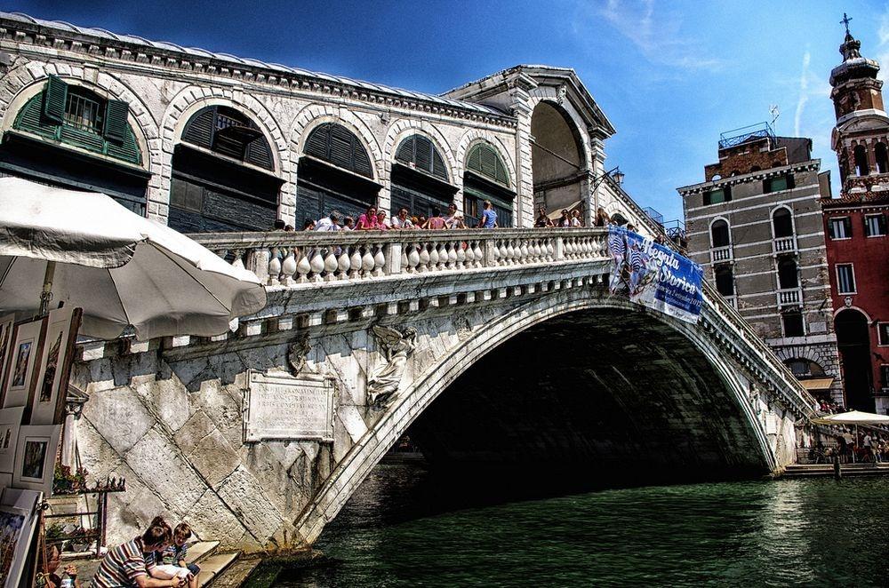 rialto-bridge-2