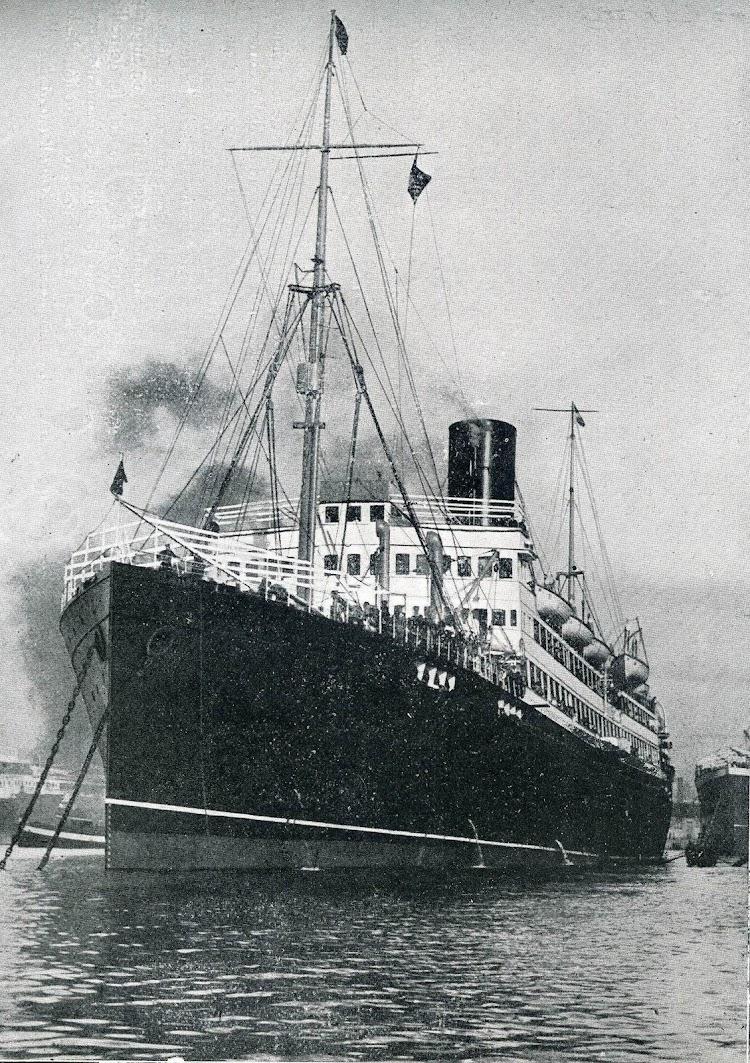 43-REINA VICTORIA EUGENIA. Memoria del Puerto de Barcelona. Fecha indeterminada.jpg