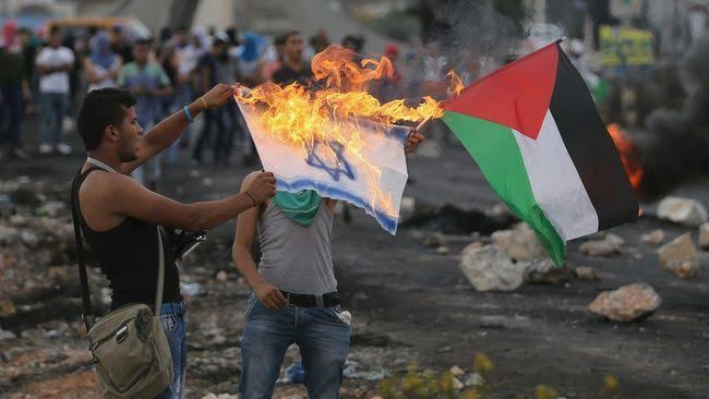 Bertikai Terus, Israel dan Palestina Ini