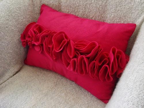 Almofada decorada com feltro