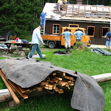 Delovna akcija - Streha, Črni dol 2006 - streha%2B062.jpg