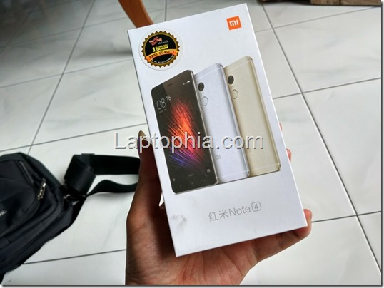 Unboxing Xiaomi Redmi Note 4