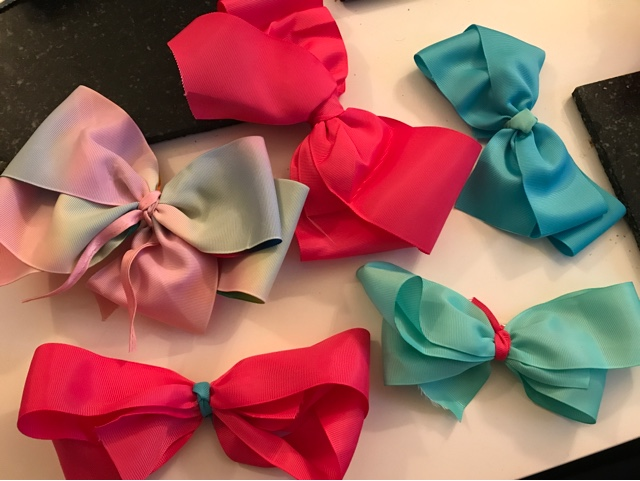 jojo-bow-maker-bows