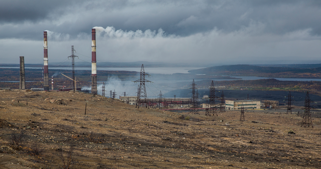 Nickel mine on the Kola Peninsula, Russia, 19 September 2015. Extractive industries have played a major role in shaping social development in many parts of the Arctic. Photo: Ninara / flickr
