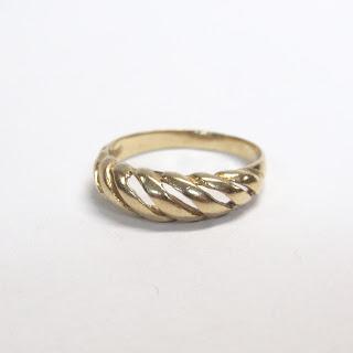 14K Gold Pierced Ring