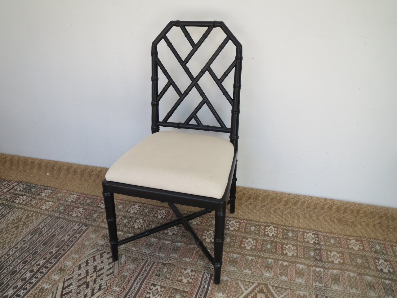 Black Lacquered Chair