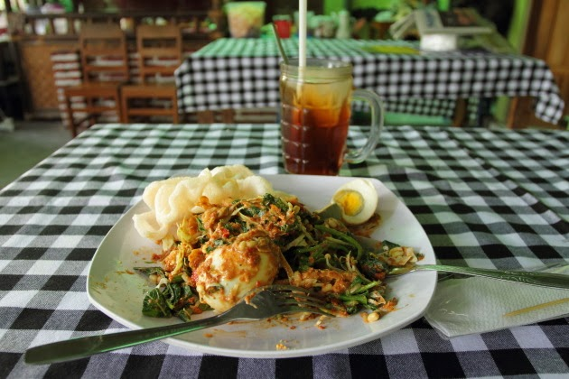 Gado Gado - favorite vegetarian food of Indonesia