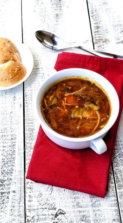 [Minestrone-Soup-735x1332%5B3%5D]