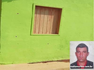 Latrocínio: homem é morto a tiros por bandidos na porta de casa em Divino