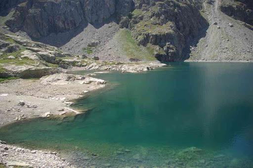 Le lac Noir (avec les deux îles de tout à l'heure)