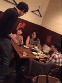 トムズキッチンでテーブルホッピング・マジック / マジシャンえいち