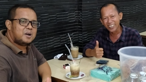 Foto Pempred BentengSumbar.com, Zamri Yahya bersama Tafrizal Chaniago (kanan) Kasubag Publikasi Humas Kota Padang.