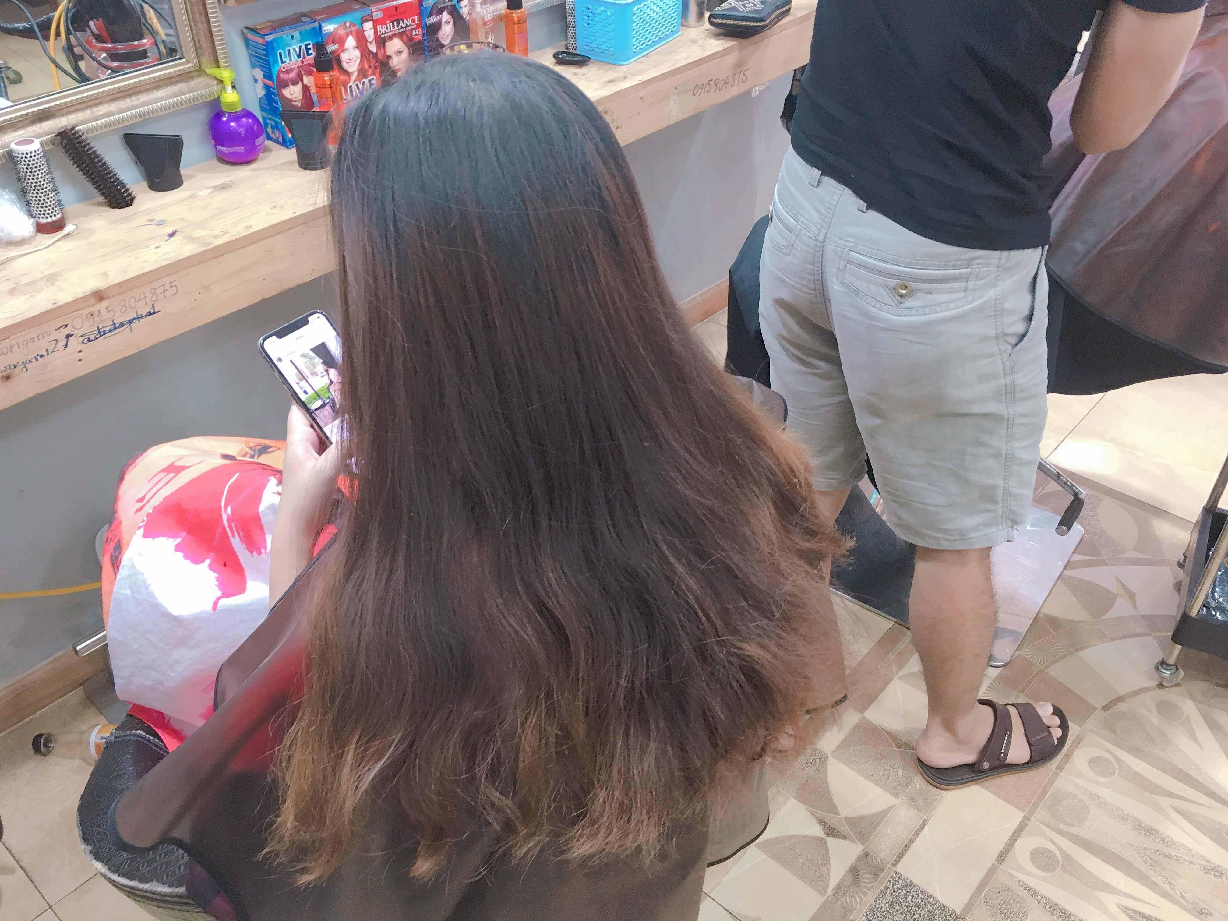 Nhuộm tóc màu Xám Than Chì có cần phải tẩy tóc không? Chi phí giá bao nhiêu?