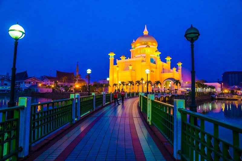 ブルネイ オールドモスク ライトアップ2