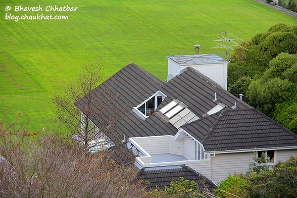 A beautiful house in the view from the Kelburn station of Wellington Cable Car