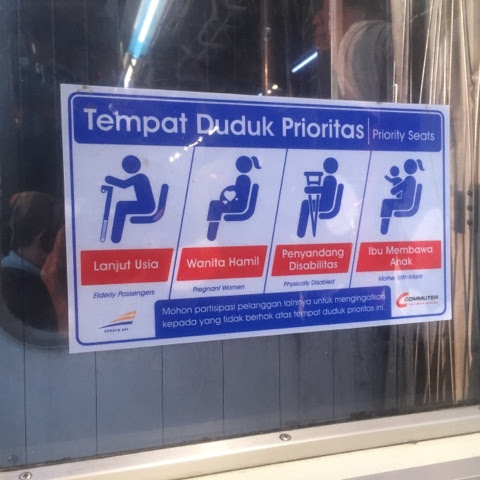 Ibu Hamil Jangan Takut Ber-Commuter Line