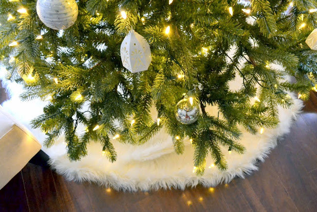 no-sew faux sheepskin fur tree skirt