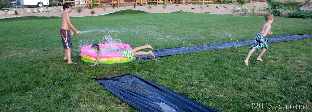 [slip+slide+pool+kickball+party%5B2%5D]