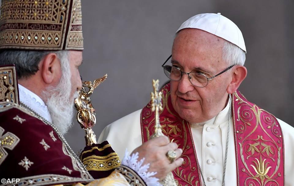 Boska Liturgia w Armenii, 26 czerwca 2016 - 13533182_1235214436490158_5056218193699992794_n.jpg