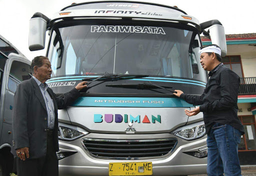 Kisah Pemilik Bus Budiman Dan Wanita Kelahiran Selasa
