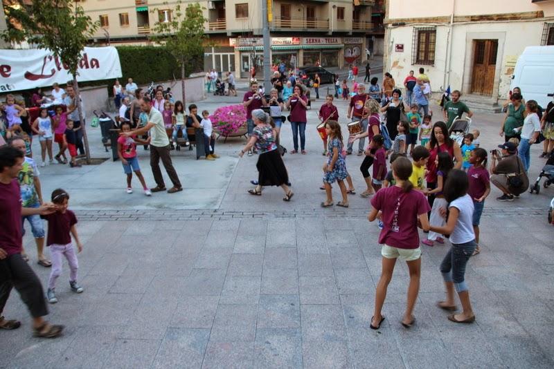 Festa infantil i taller balls tradicionals a Sant Llorenç  20-09-14 - IMG_4412.jpg