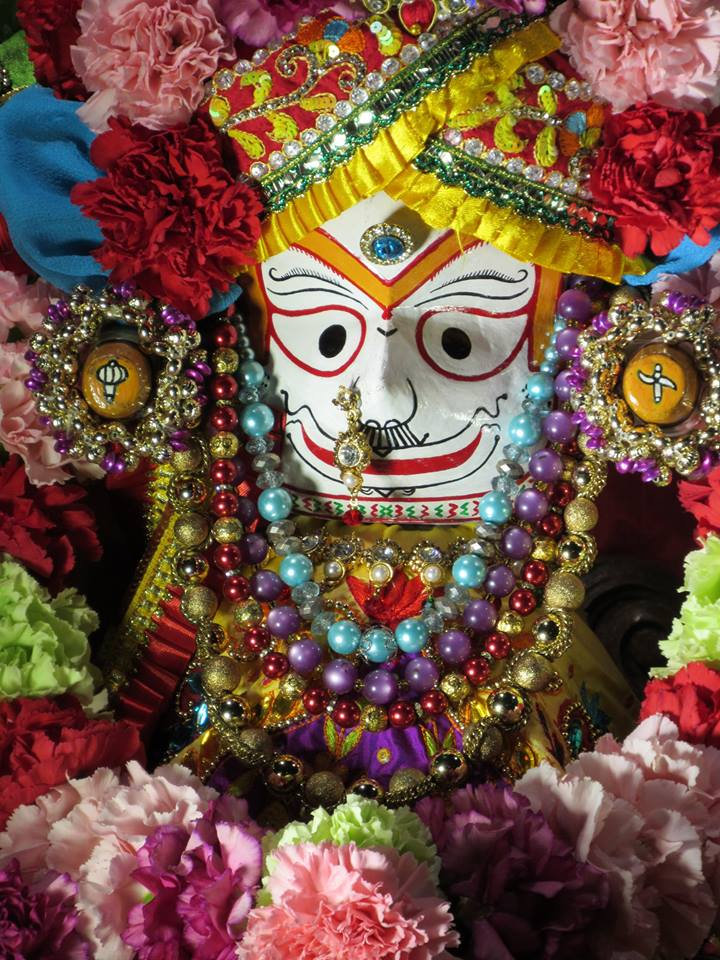 ISKCON Chicago Deity Darshan 22 Jan 2016  (4)