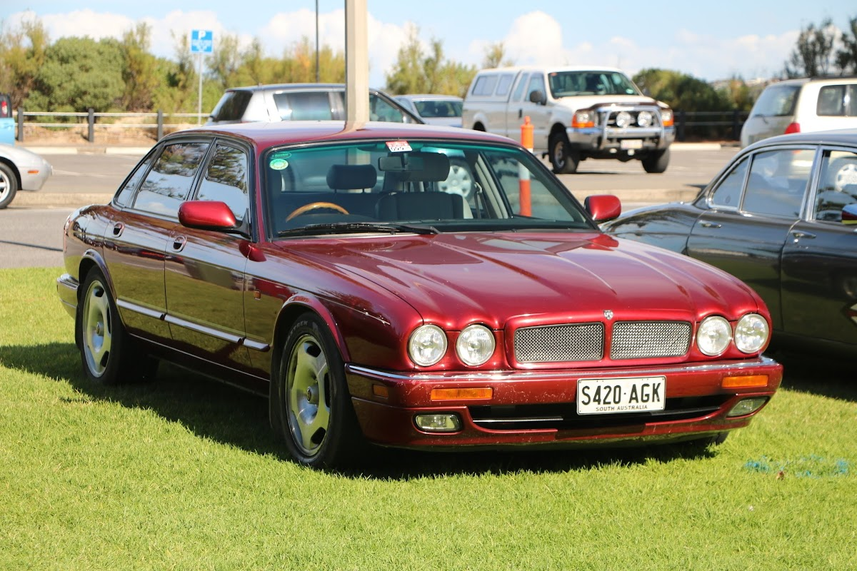 Jaguar XJR - British_Classic_Tour_6_May_2018_0199.JPG