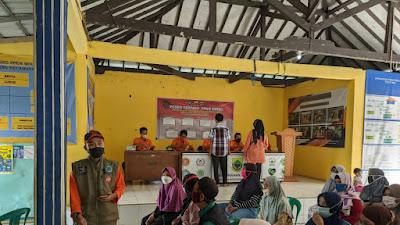 Kelurahan Sayang Laksanakan Pendistribusian BST