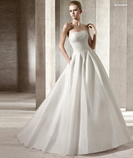 Menyasszonyi ruha 2012 Pronovias Jilguero