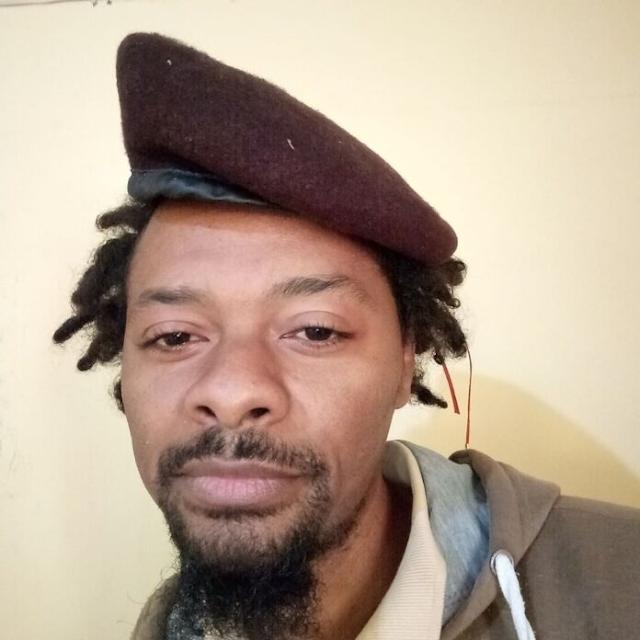 """O rapper moçambicano, Azagaia, vai estar no quadro """"O Paredão"""" do programa """"Moçambique em concerto"""", da TV Sucesso."""