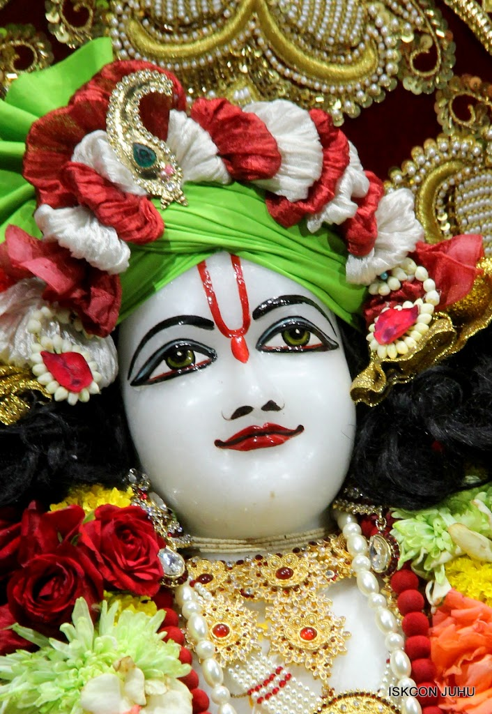 ISKCON Juhu Sringar Deity Darshan on 5th Aug 2016 (52)