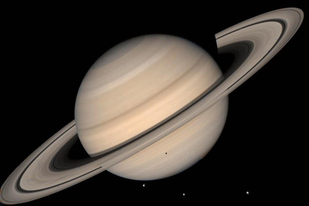 NASA, cientistas descobriram oceanos em uma lua de Saturno. 01