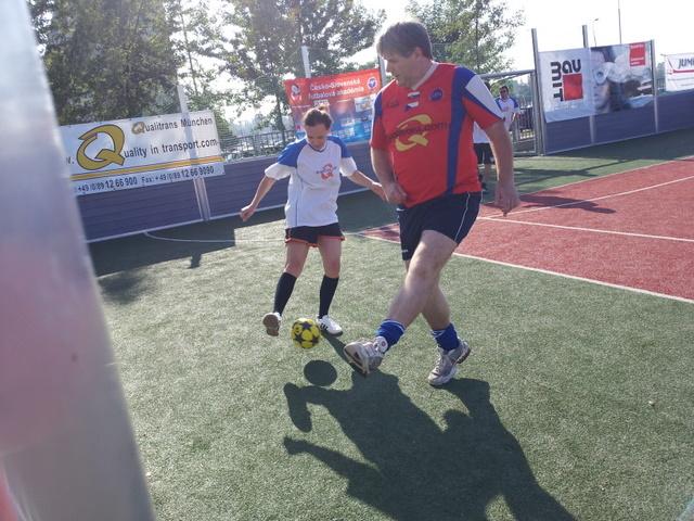 ČSFA - rodinný turnaj 2011 (záver) - 2011-09-24%2B09.54.18.jpg