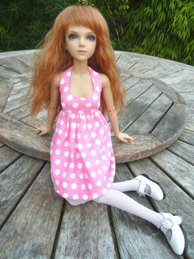 Alice (Leona JID Iplehouse) en cure de remise en forme (p 2) Essai%2520perruques45