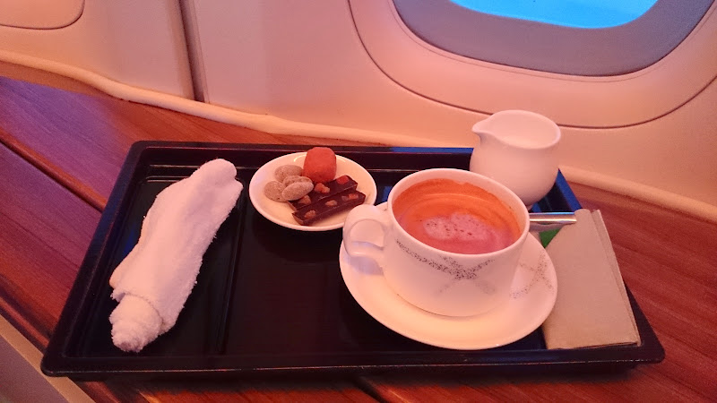 DSC 2953 - REVIEW - Cathay Pacific : First Class - Hong Kong to Tokyo (B747)