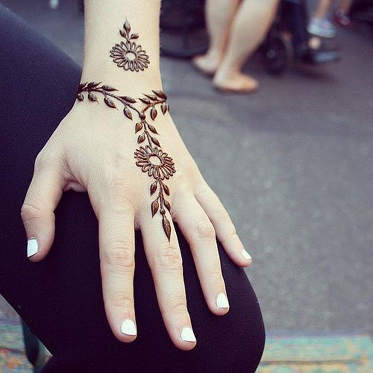 simples_desenho_de_tatuagem_de_henna