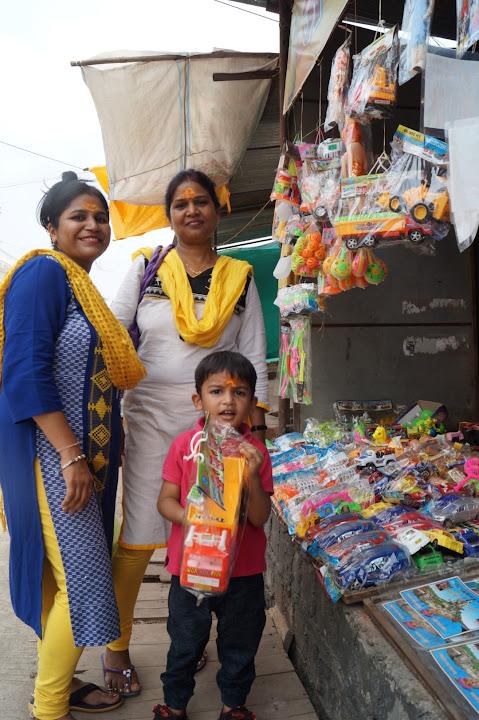 Omkareshwar and Hanmuntiya water resort - DSC06444.JPG