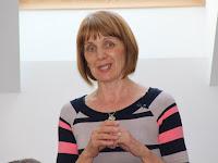 10 Csáky Ilona, Kelenye polgármestere a községek nevében köszöni a segélyszervezet munkáját.JPG