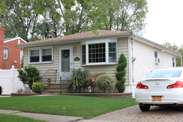 Single family ranch home in Dongan Hills