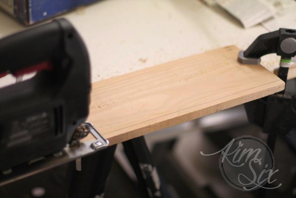 Cutting down board with jig saw